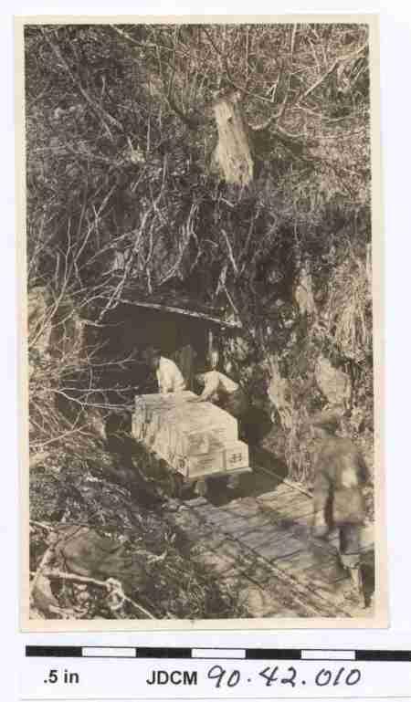 Dynamite Trolley, c. 1916. Image courtesy of the Juneau-Douglas City Museum, 90.42.010.