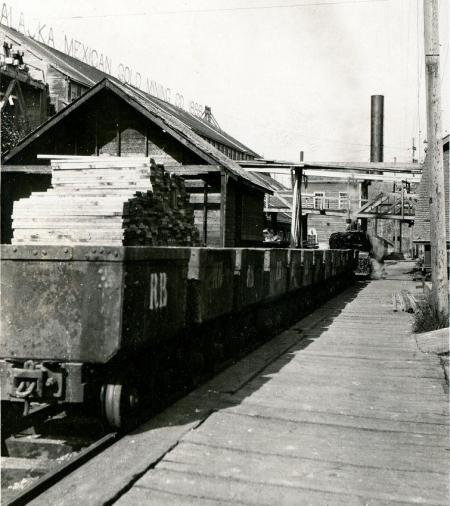 Treadwell Ore Train, c. 1916. Image courtesy of the Juneau-Douglas City Museum, 90.42.011.